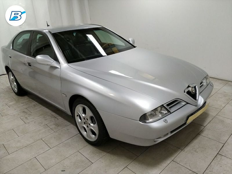 Alfa Romeo 166  3.0 V6 24v Dist. 220cv sportronic