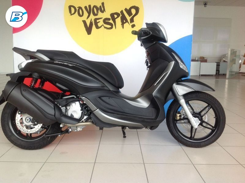 Piaggio Beverly 350  Beverly Sport Touring 350