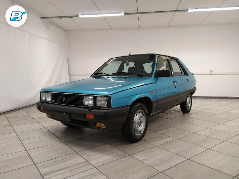 Renault 11  RENAULT 11
